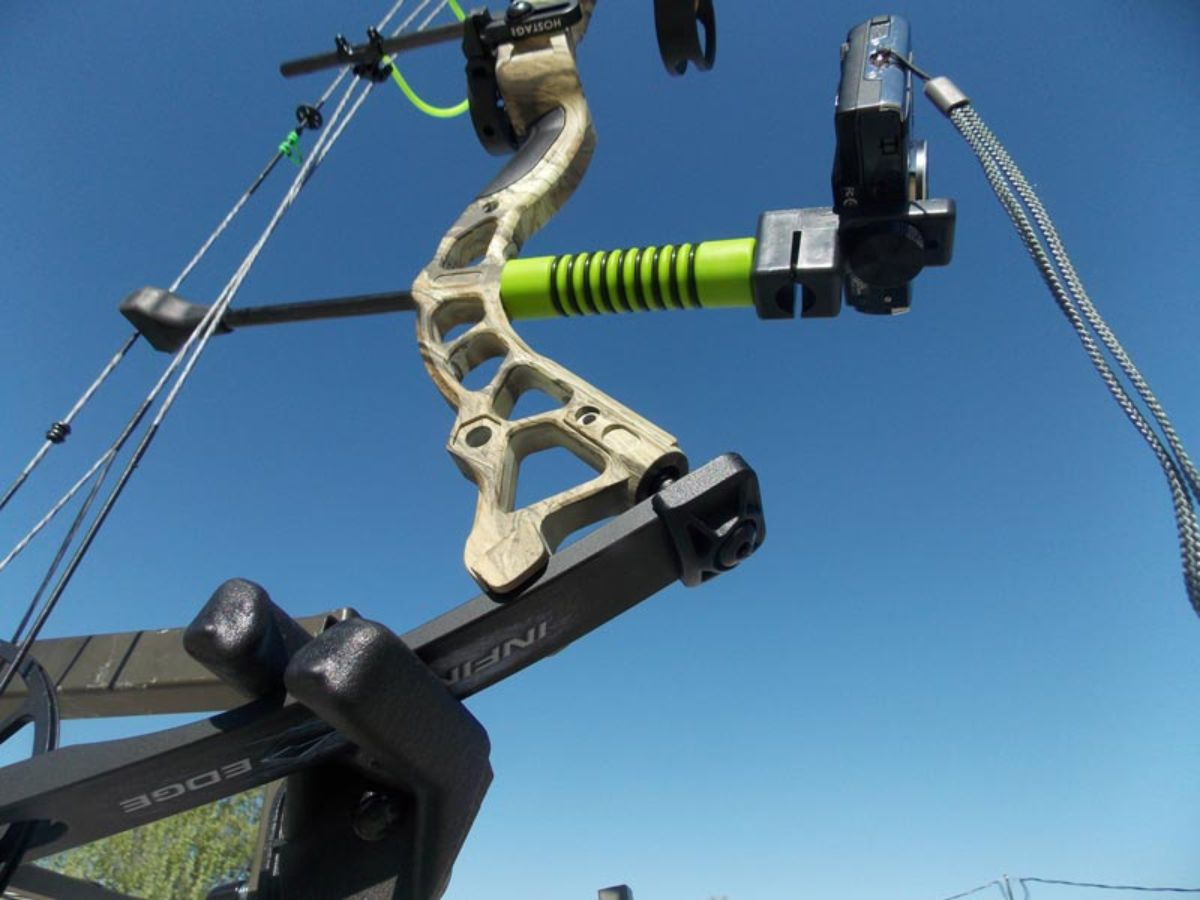 Bow Stabilizer With Camera Mount_4